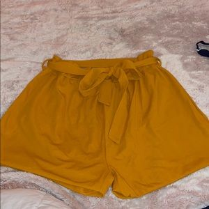 Plus size Yellow high waisted shorts